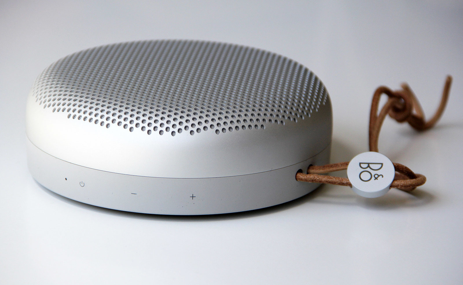large_beoplay-a1-small-portable-speaker-review