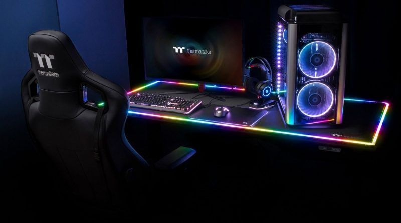 Thermaltake Level 20 RGB BattleStation Gaming Asztal